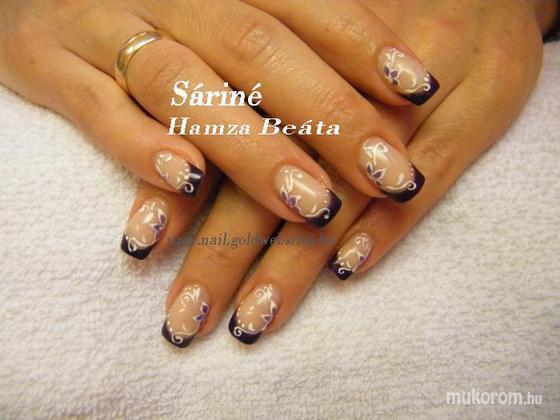 Sáriné Hamza Beáta (Baross Beauty Szalon) - lilában - 2011-12-30 20:25